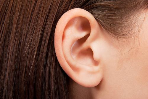 menierův-syndrom-střední-ucho