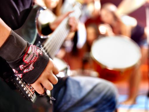 tinnitus rocková hudba
