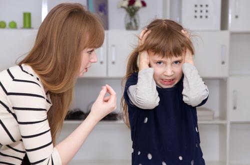 sebepoškozování-u-malých-dětí