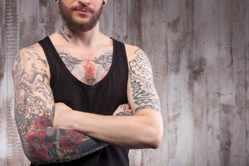tetování infekce