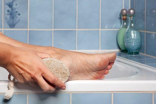 silný-zápach-nohou-příčina